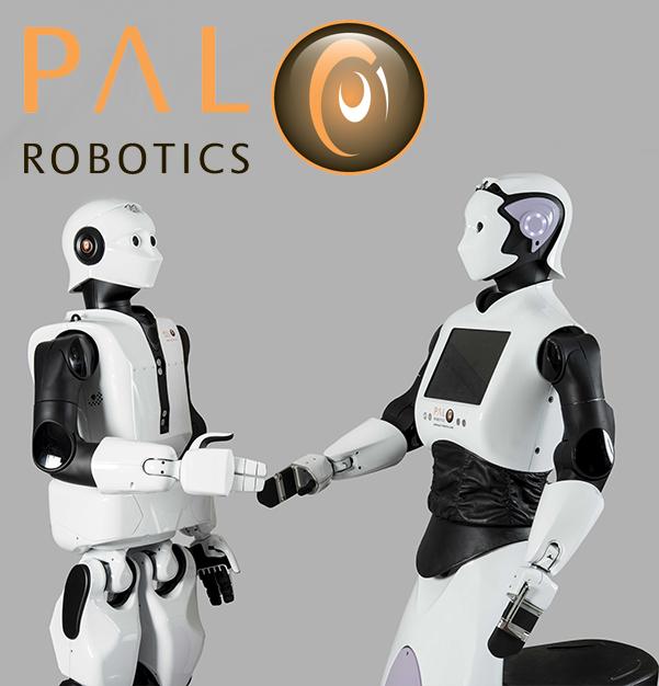Robots humanoides en la última SlashFriday